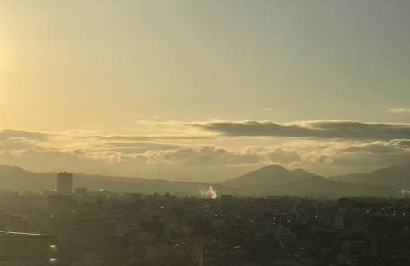空 雲 山 景色