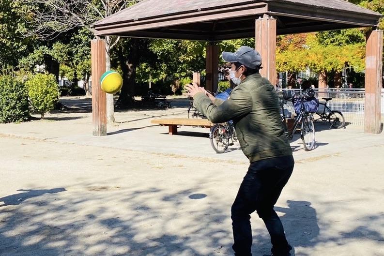 ボールを追いかける
